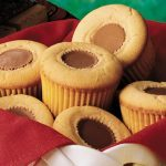 peanutbutter_cup_cupcakes_0