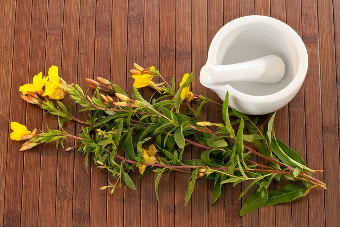 A Natural Oil Remedy to Reduce Inflammation
