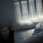 Why men sleep better than women