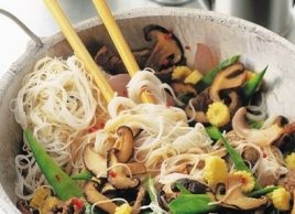 Stir-Fried Beef with Fine Noodles