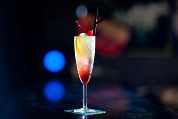 tequila sunrise cocktail alcohol