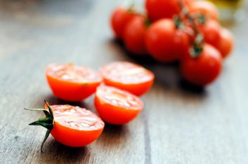 4 delicious ways to cook with tomatoes