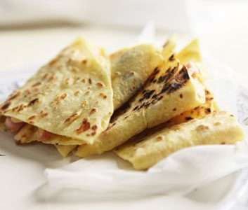 Meatless Monday: Chile-Cheese Quesadillas