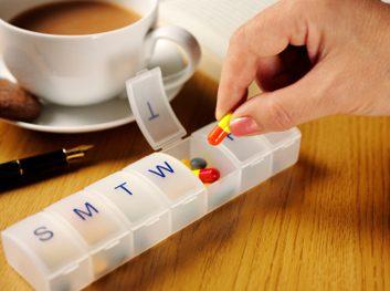 vitamin pill box