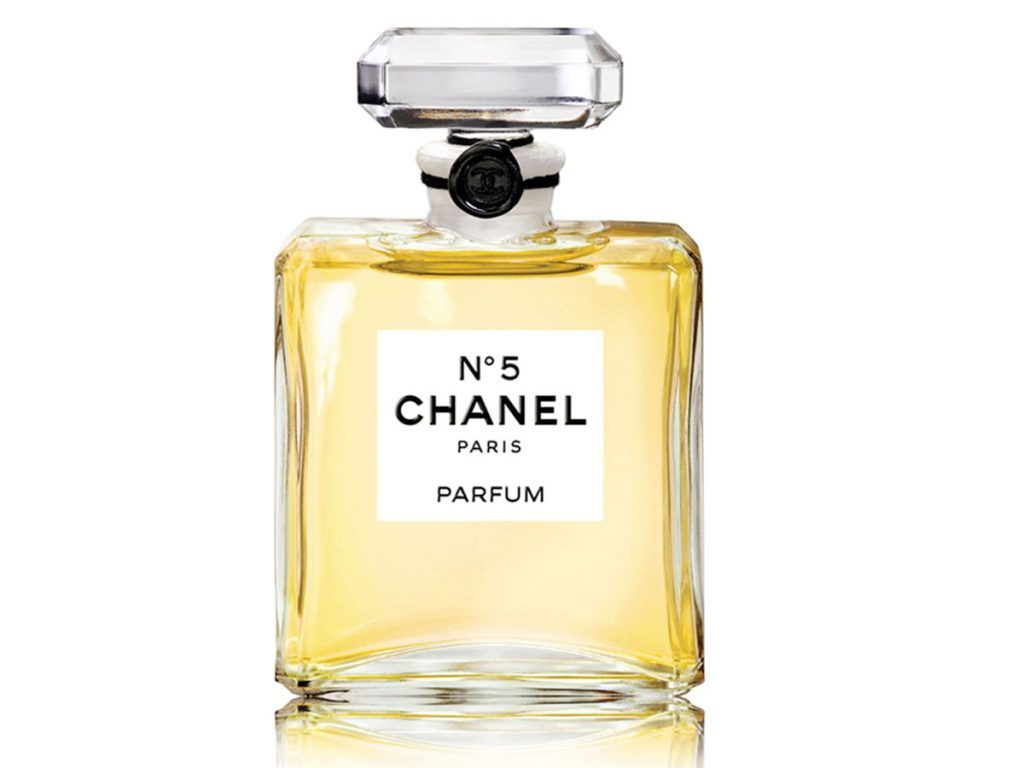 Beauty-classic-Chanel