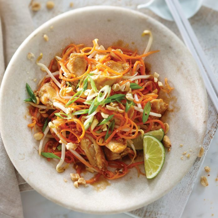 Low-Carb Carrot Noodle Chicken Pad Thai