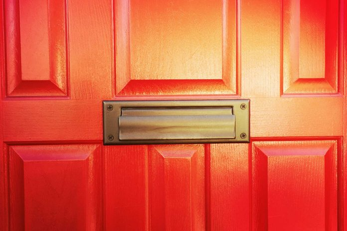 04-13-things-house-red-door