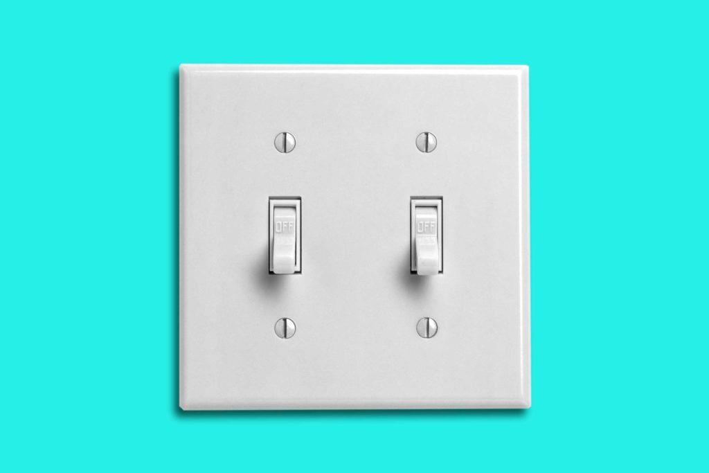 07-everyday-items-wash-light-switch
