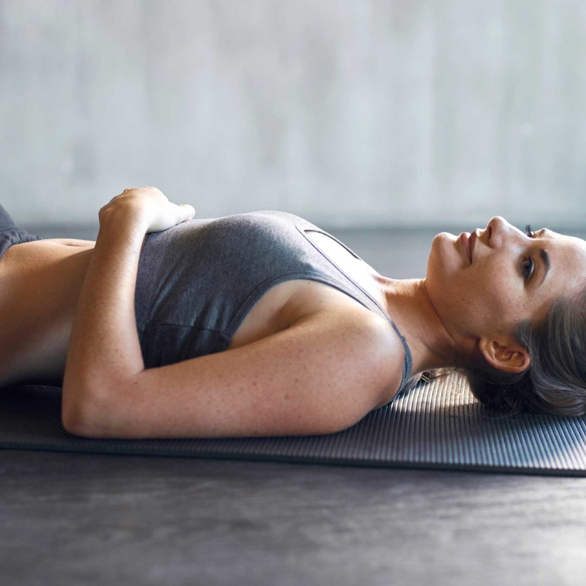 Reduce Stomach Bloating: 9 Daily Habits That Flatten Your Belly