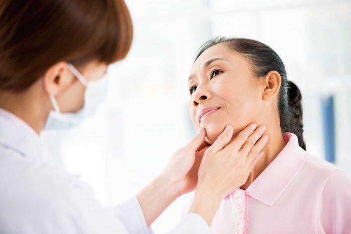 08-hair-tells-health-thyroid-issues