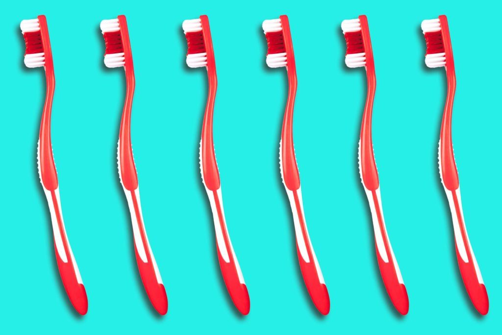 10-everyday-items-wash-toothbrush