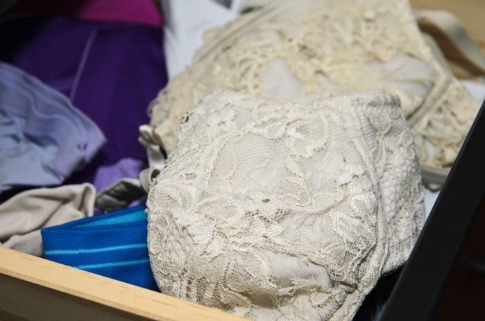 11-11-common-bra-mistakes-old-bra