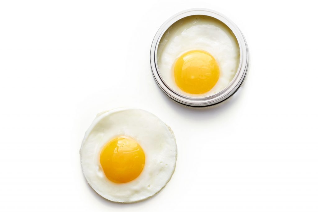 24-kitchen-shortcuts-mason-jar-eggs