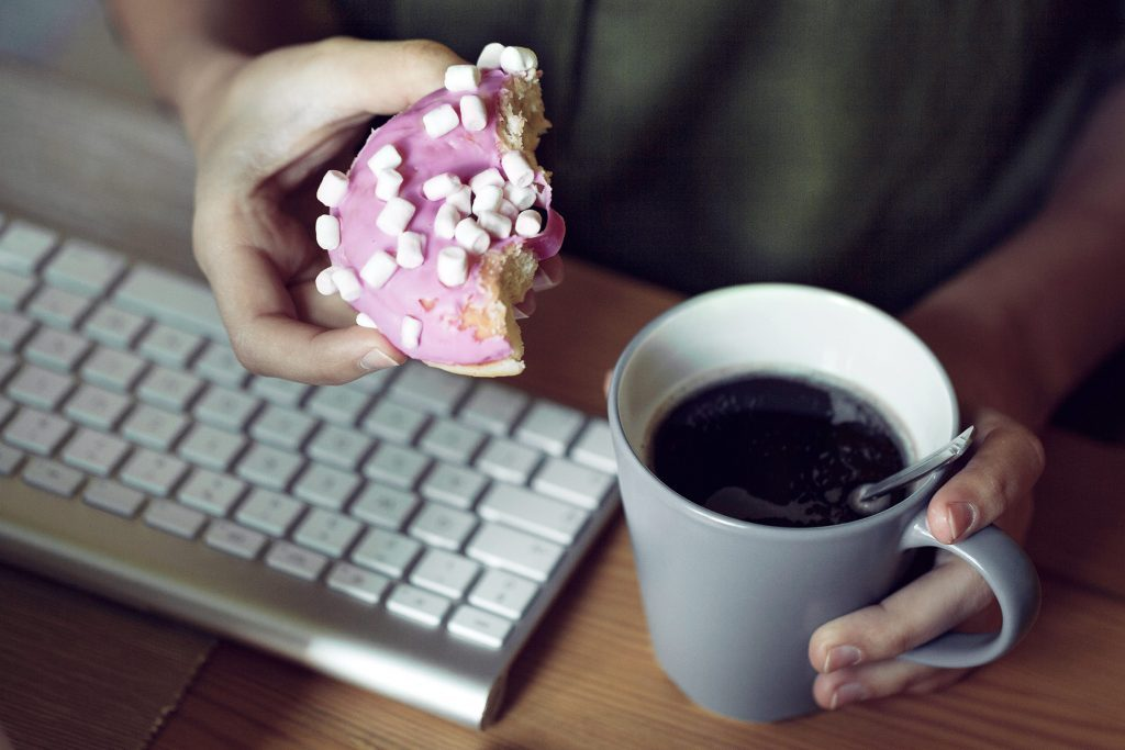 01-ways-body-reacts-binge-eating-donuts