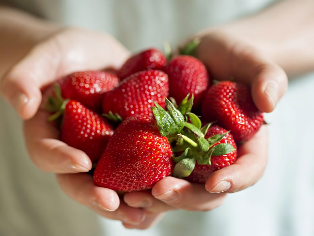 Strawberry, help fight cancer
