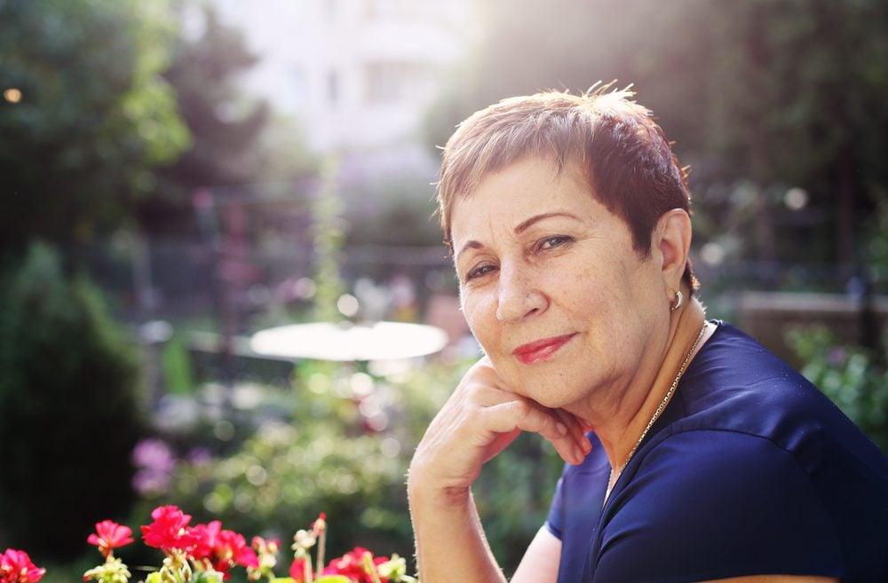 senior-woman-smiling