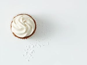 Healthy Parsnip Cupcakes With Cream Cheese Yogurt Frosting