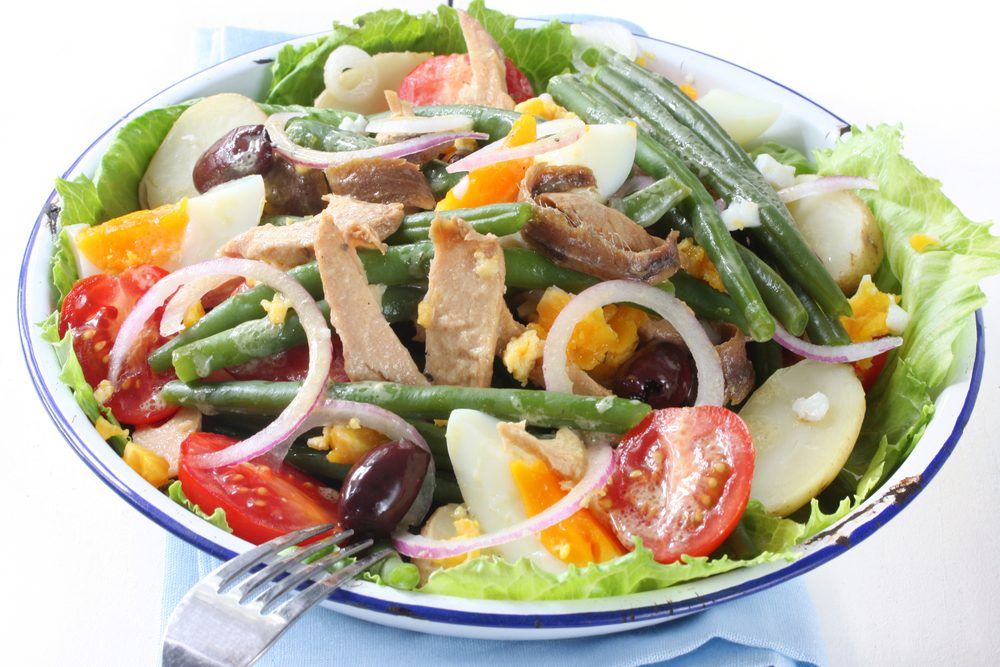 easy salads: niçoise salad with baby potatoes recipe | best health