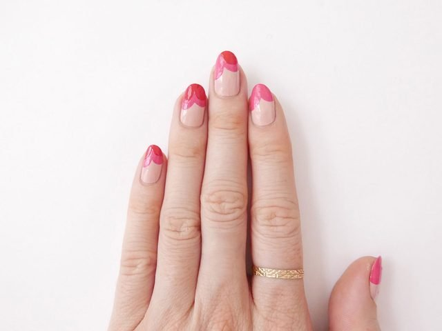 Sally-Hansen-Miracle-Gel-Valentine's-Day---Step-4