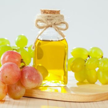 4 Reasons Why Grapeseed Oil Will Be Your New Health and Beauty Obsession