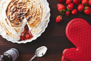 Marshmallow and Strawberries Gratin