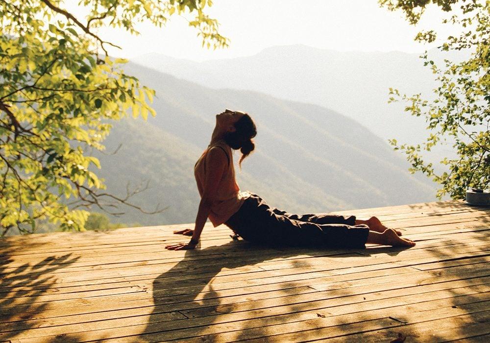 Lakukan Gerakan Yoga Ini Setiap Hari Agar Cepat Menurunkan Berat Badan