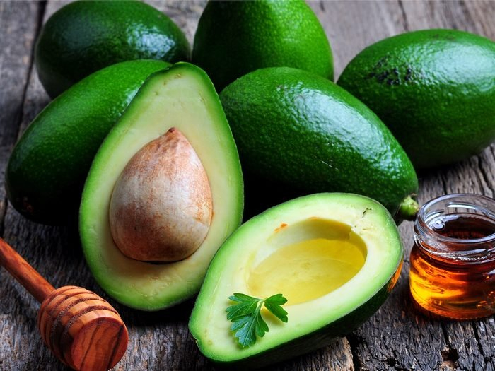 This avocado-honey moisturizer recipe is a natural anti-aging must.