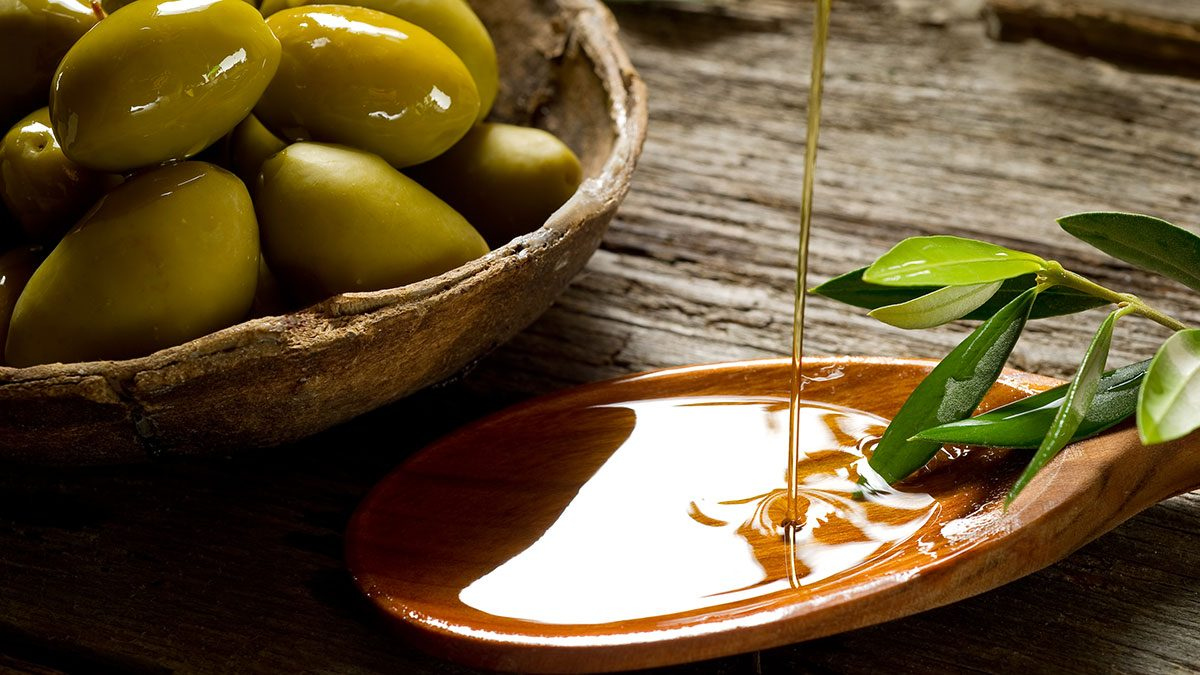Affordable Superfoods, olive oil