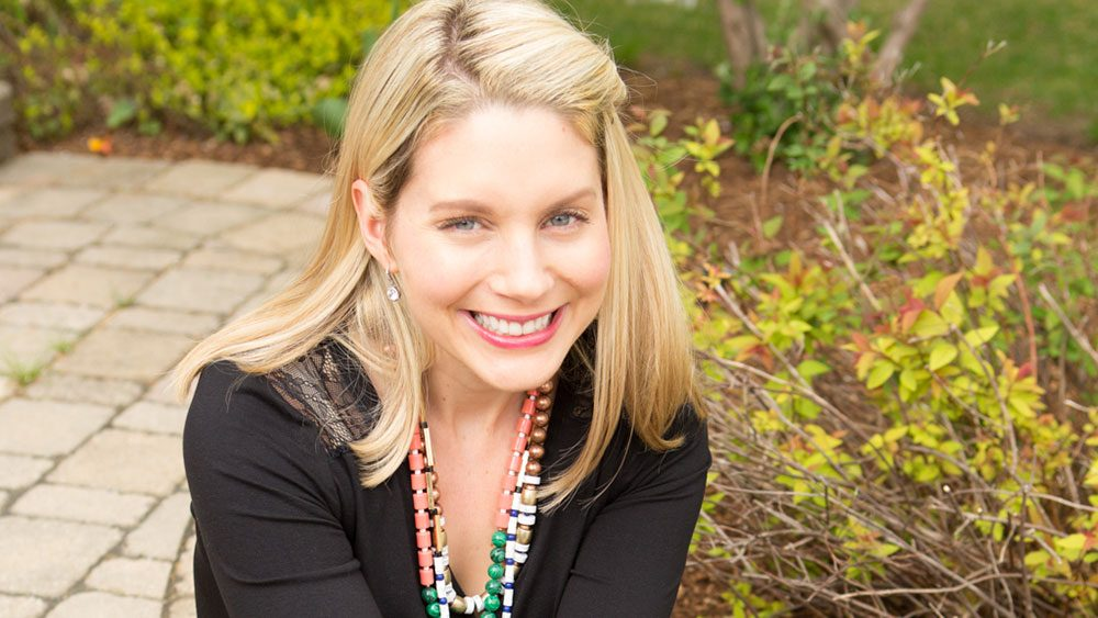 canadian health hero, Angela Liddon blogger behind Oh She Glows