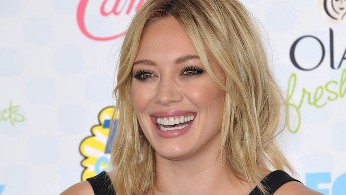 HIary Duff digestive issues, Hilary Duff on the red carpet