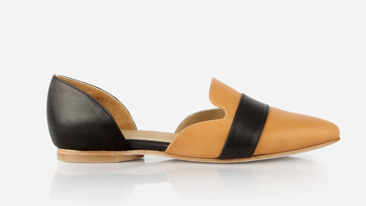 summer layering slide, a two-tone loafer-style flat