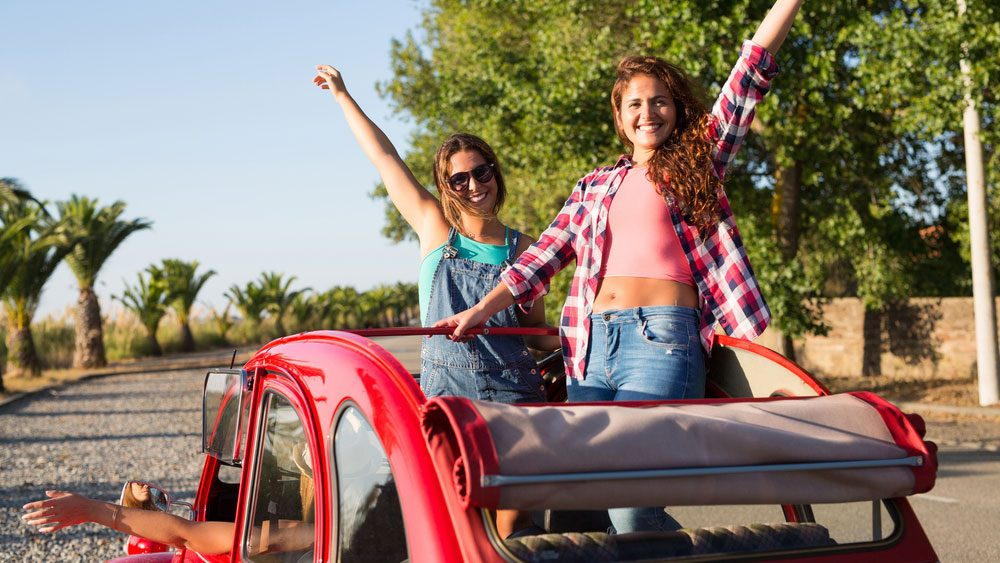 travelling with a health condition, women about to head off on a roadtrip