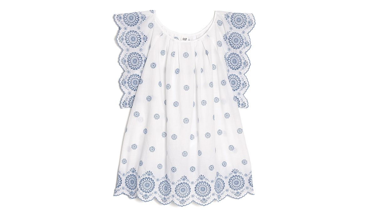 summer blue trends, gap eyelet top