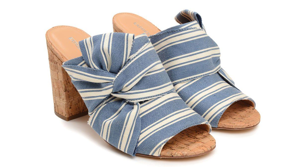 summer blue trends, express sandals