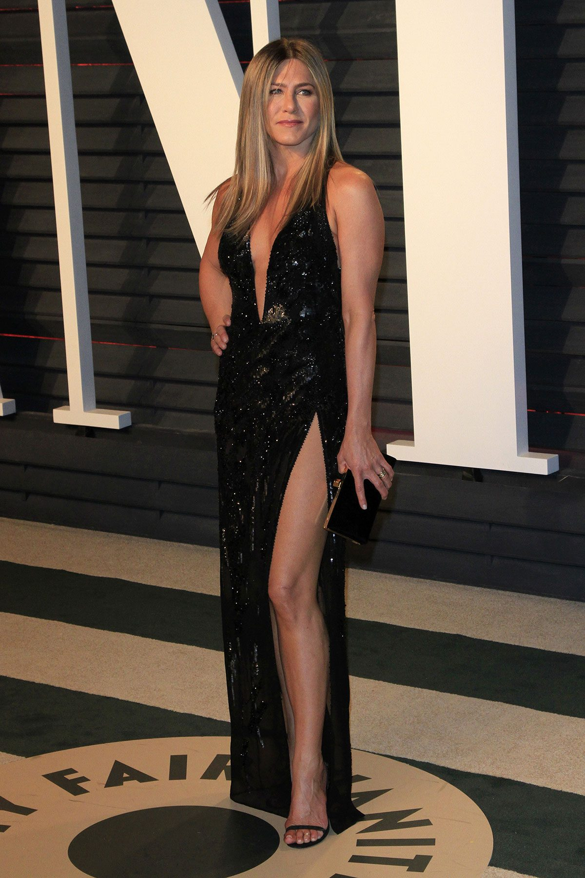 Jennifer Aniston workout cardio, Jennifer Aniston on the red carpet