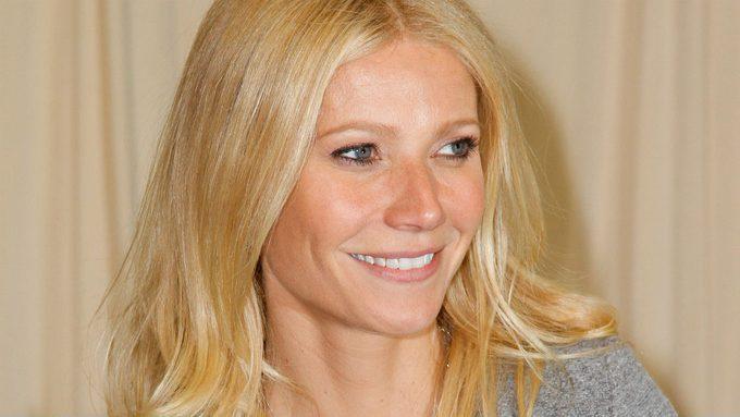 Gwyneth Paltrow controversy, Gwyneth Paltrow headshot