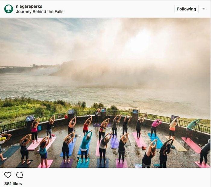 Instagram yoga in Canada, Niagara Parks, doing yoga near niagara falls