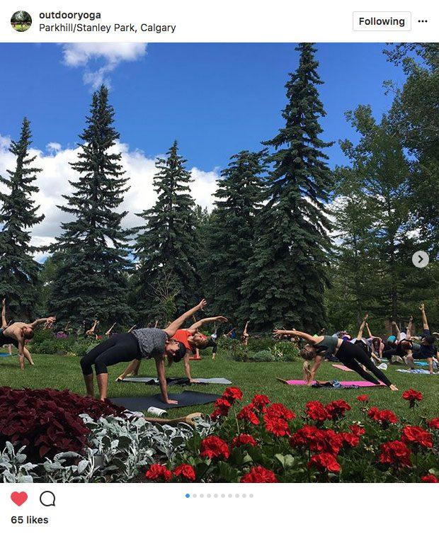 Instagram yoga, yoga at Stanley Park in Calgary