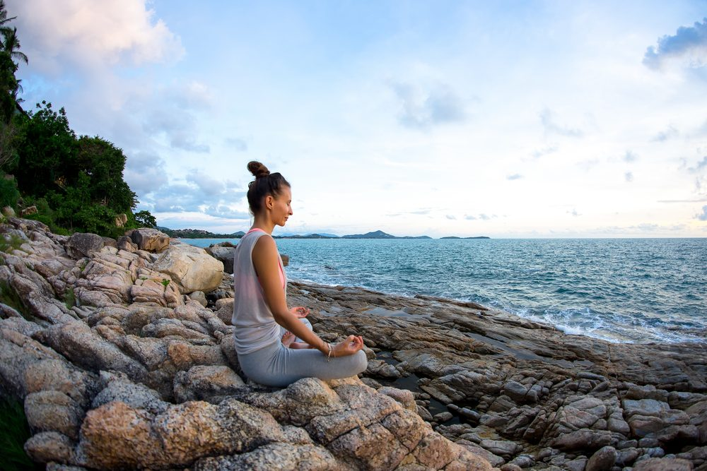 woman meditating_ meditation changes your brain