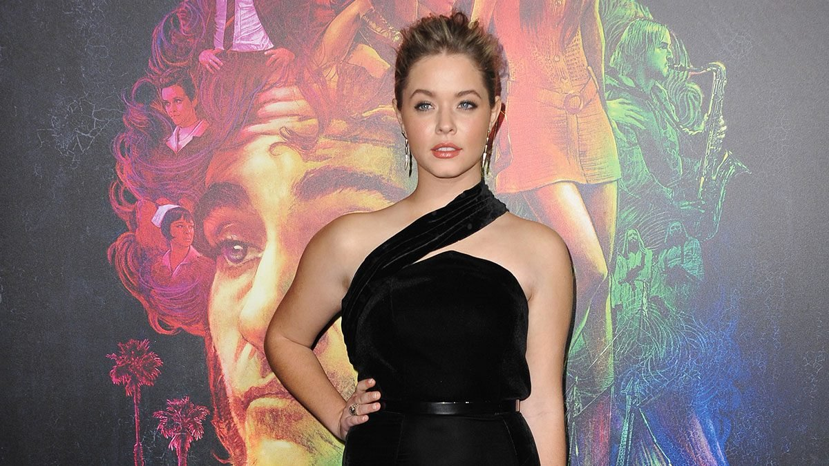Sasha Pieterse talks about her PCOS and weight gain