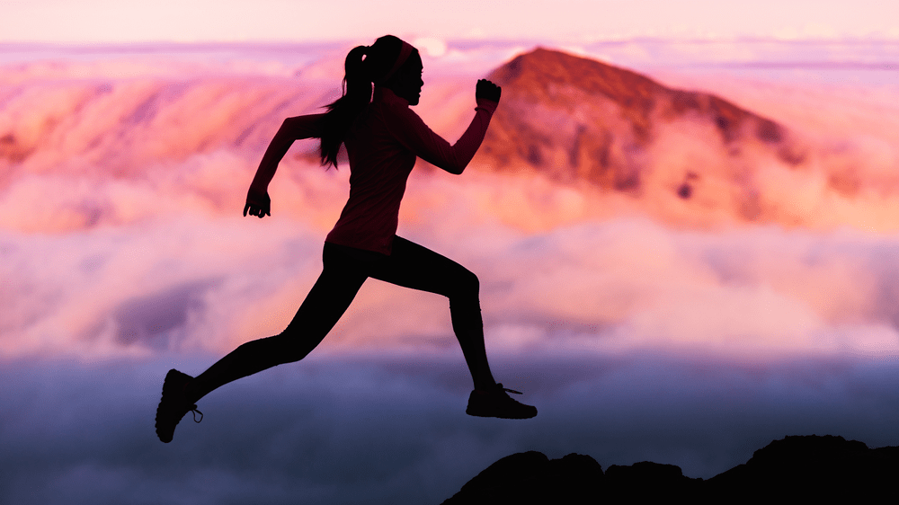 fat burner sugar burner muscle twitch fibres, woman running in the mountains