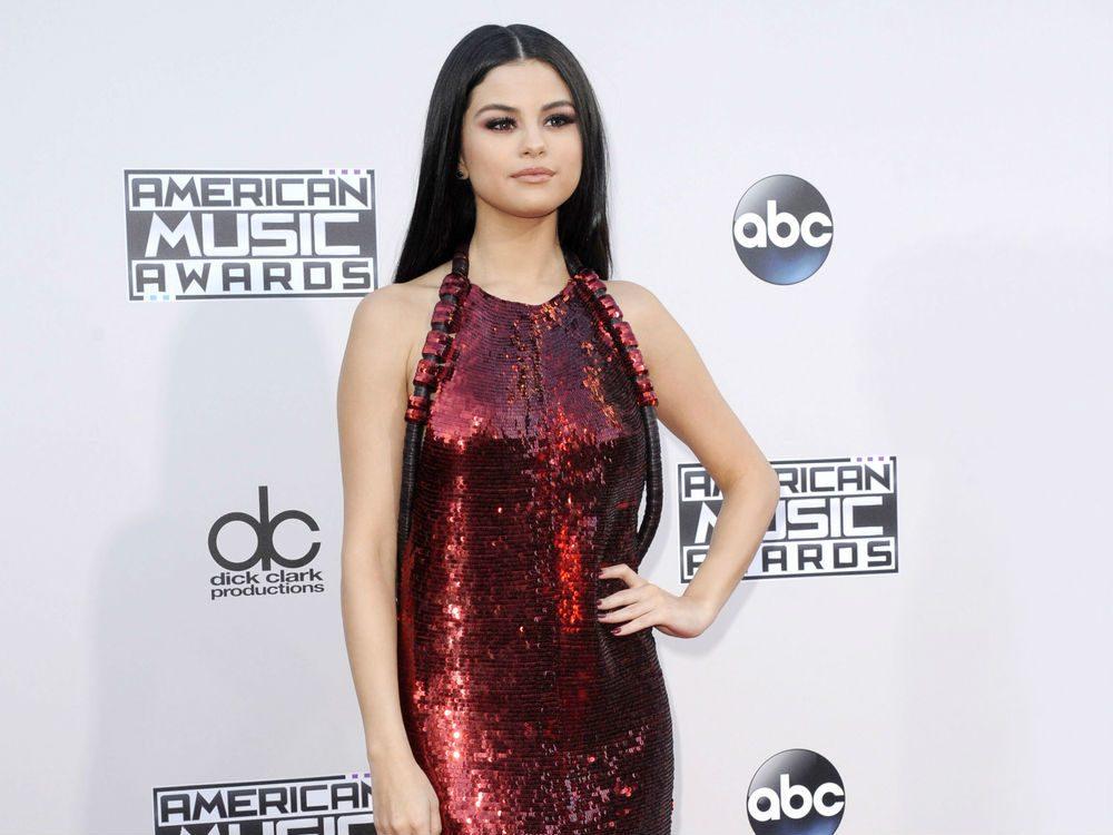 selena gomez lupus, Selena Gomez on the red carpet