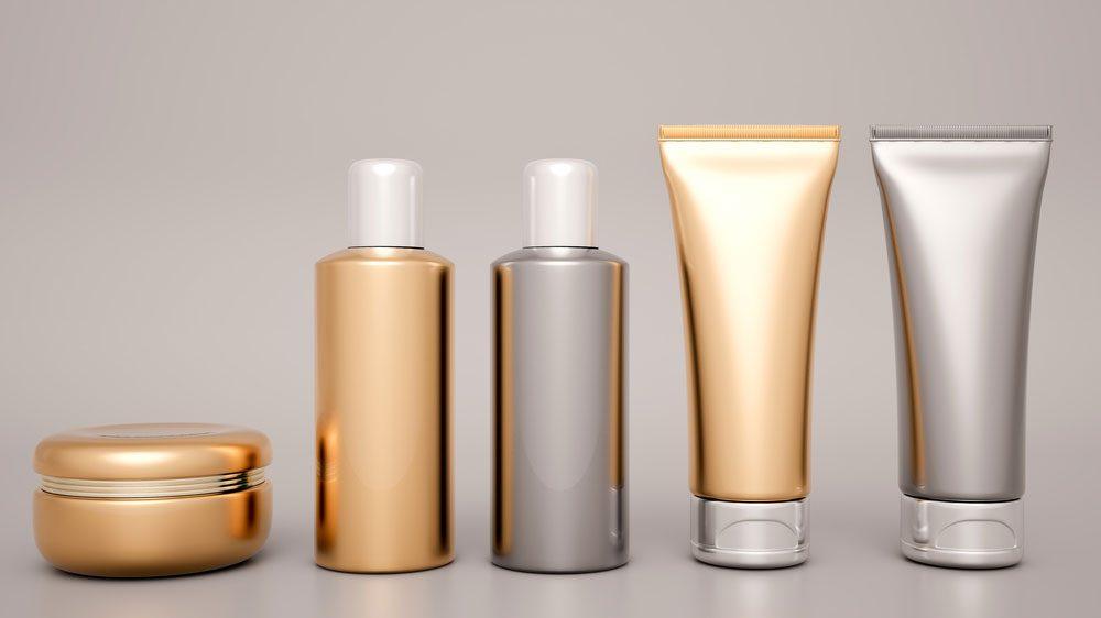 What are Endocrine disruptors? Illustration of plastic skincare bottles