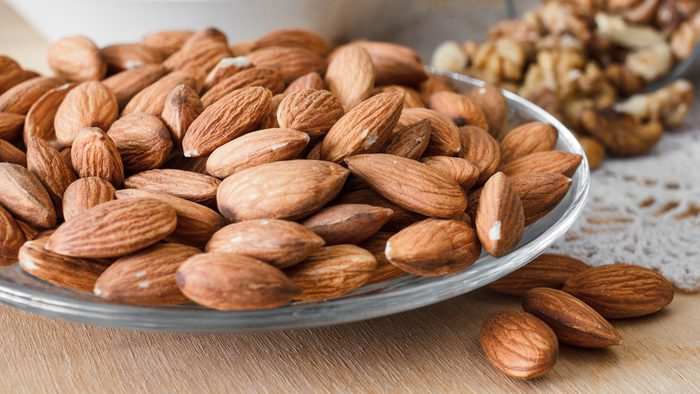 diet tips for sleeping better, nuts and almonds
