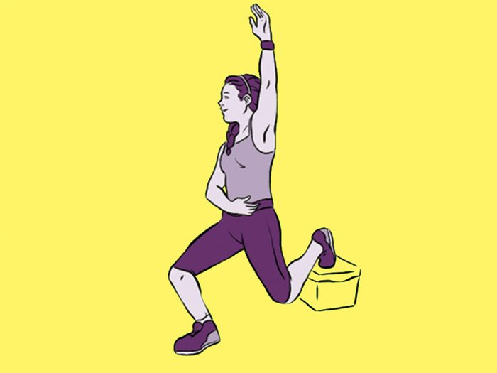 raised knee lunge