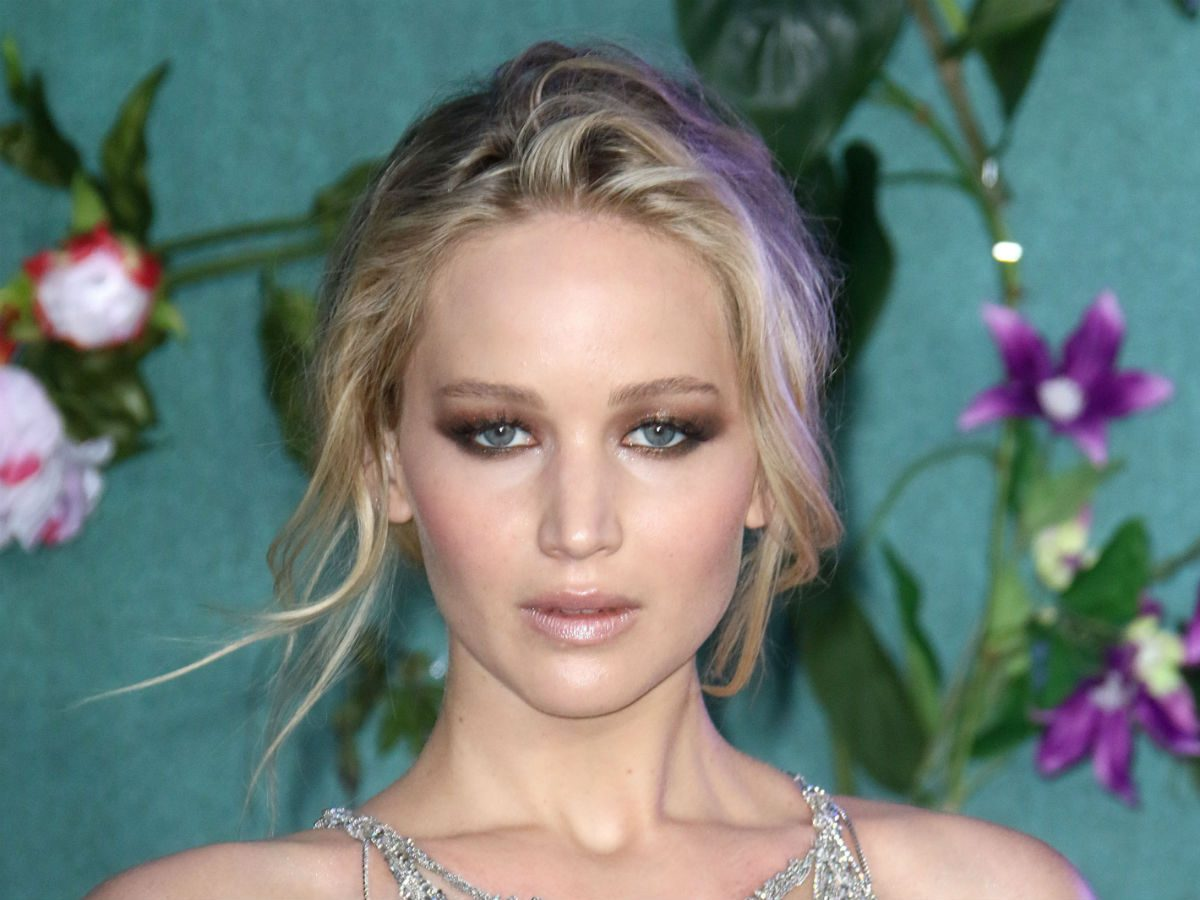 blonde celebrity inspo skintone jennifer lawrence