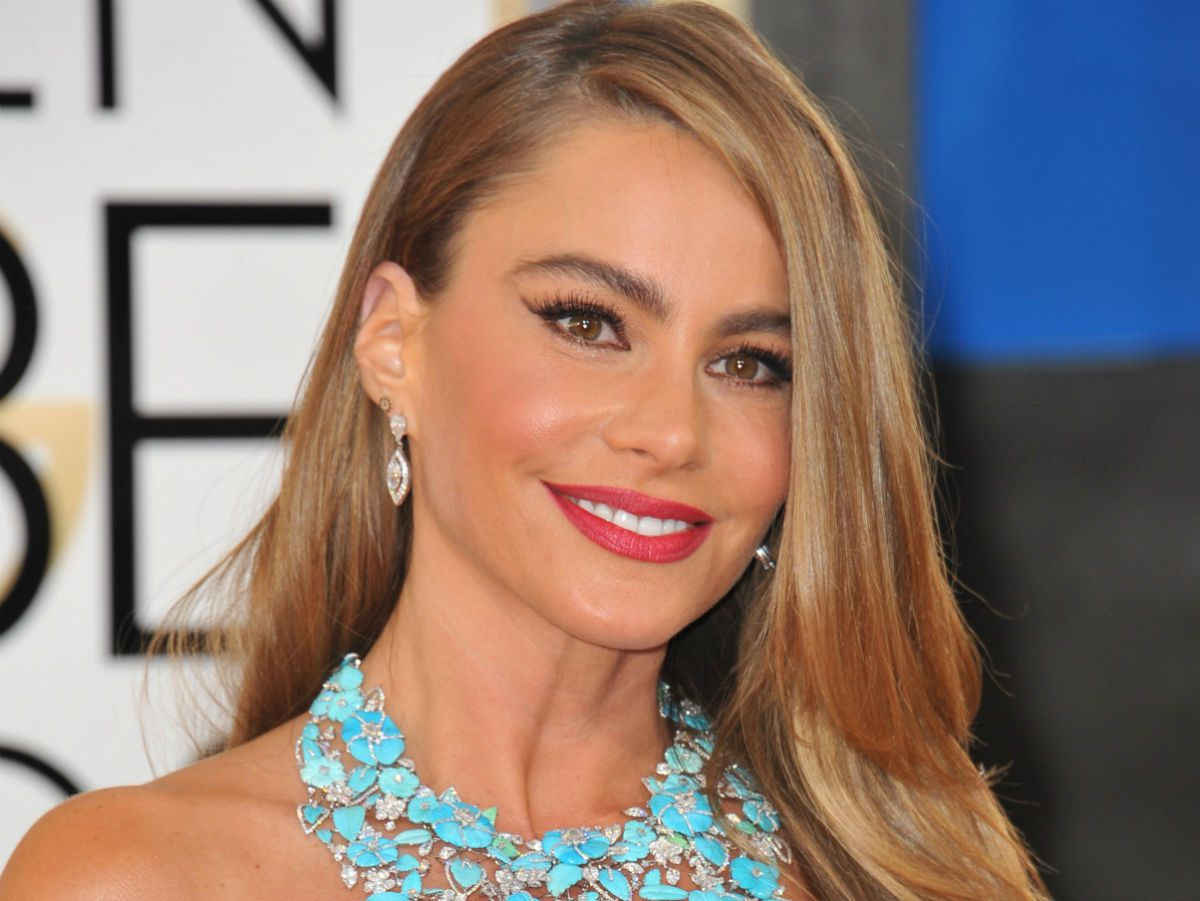 blonde celebrity inspo sofia vergara