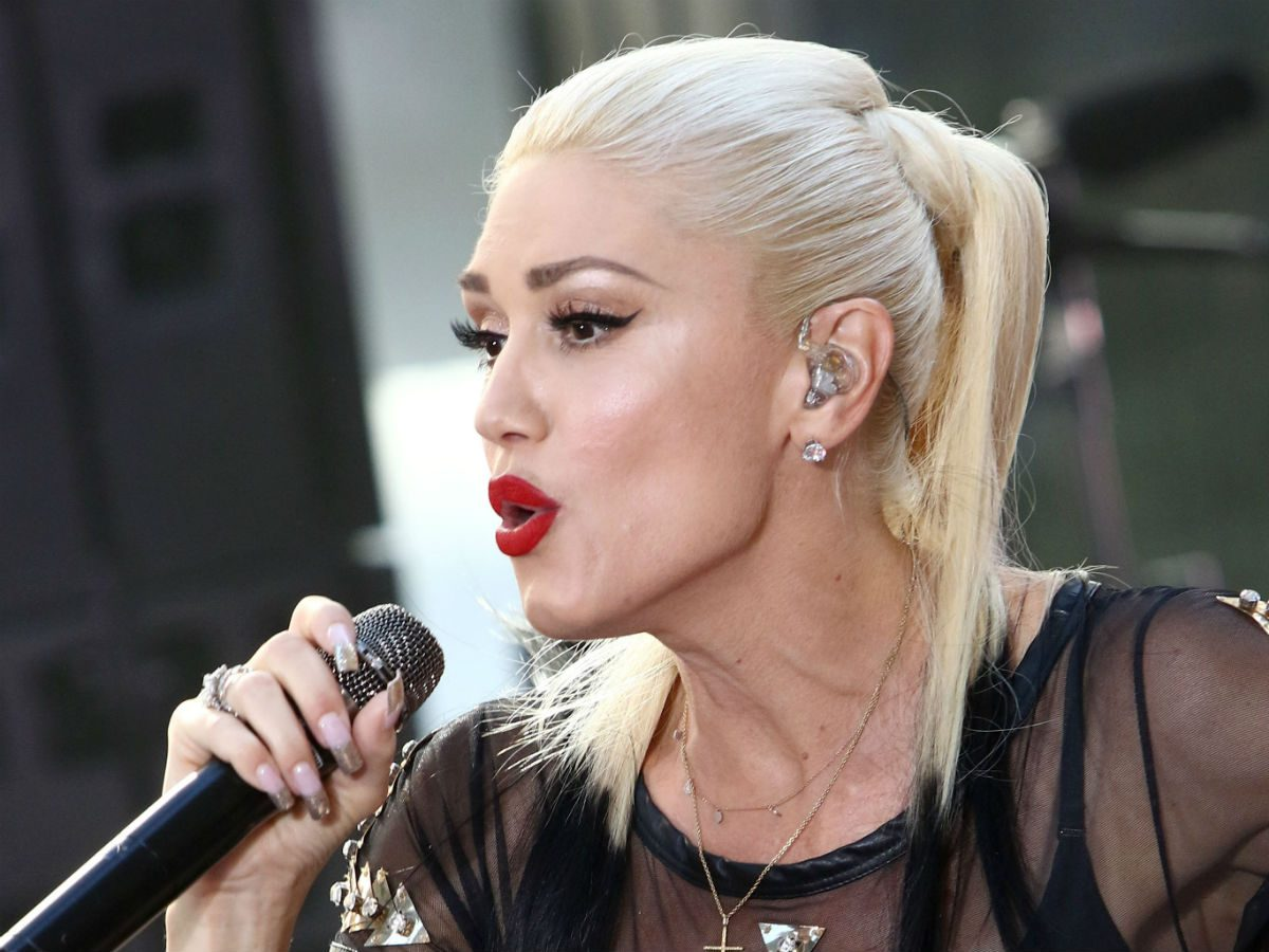 blonde skin tone celebrity inspo gwen stefani