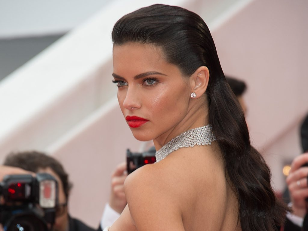 celebrity boxing workout adriana lima