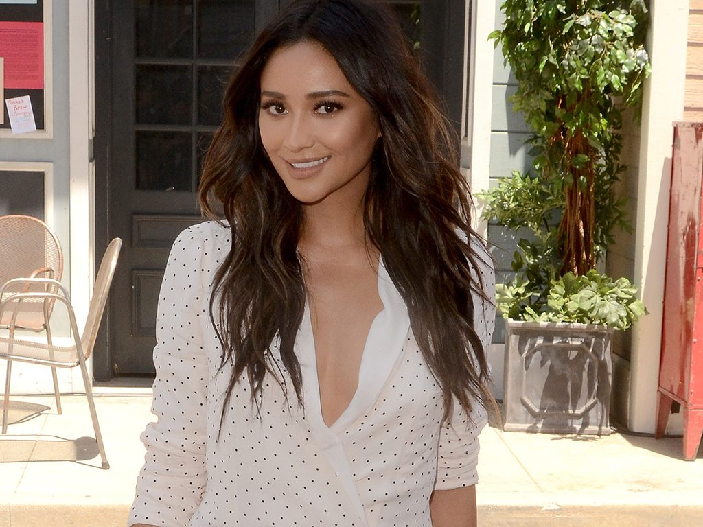 celebrity boxing workout shay mitchell